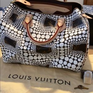 Louis Vuitton Ltd Ed. New White Kusama Speedy Bag